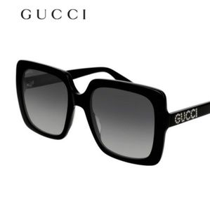 Authentic Gucci sunglasses with Crystal  on arms